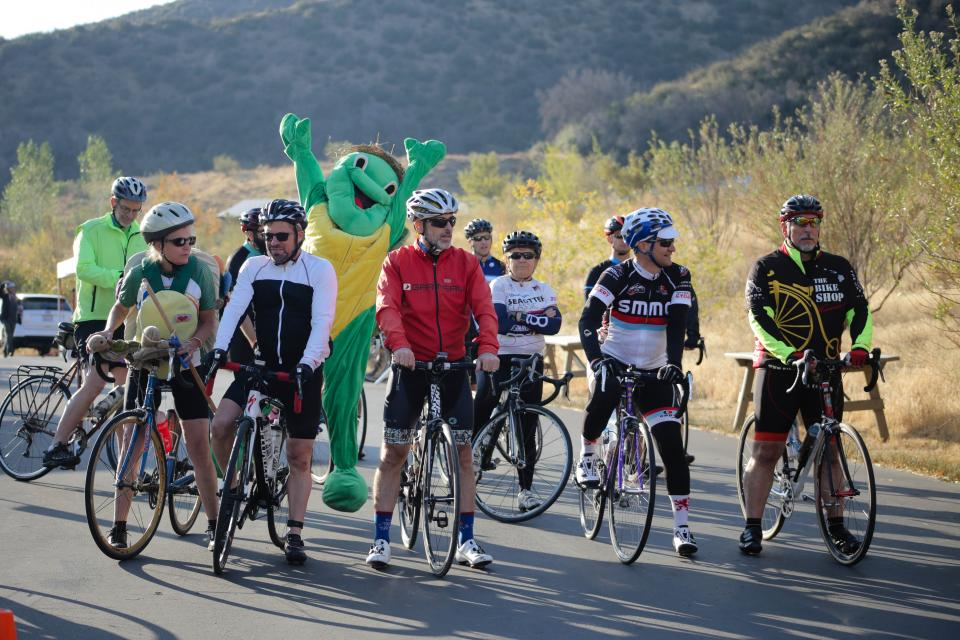 Tour de Turtle bike ride, riders.